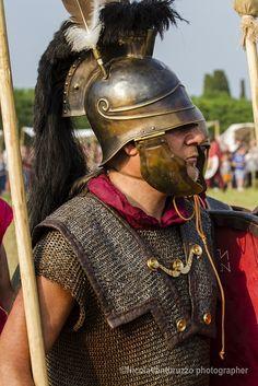 Roman Warriors, Celtic Warriors, Roman Armor, Punic Wars, Ancient Armor, Roman Legion, Roman Soldiers, Ancient Romans, Ancient Civilizations