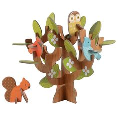 These sturdy cardboard woodland animals are so much fun to build and even more fun for creative play! Petit Collage Pop Out and Play Sets are perfect for little hands and budding imaginations! Made with vegetable inks and thick recycled stock paper. Cardboard Play, Cardboard Crafts, Paper Crafts, Hanging Mobile, Hanging Art, Toy Trees, Kids Pop, Modern Toys, Craft Kits For Kids