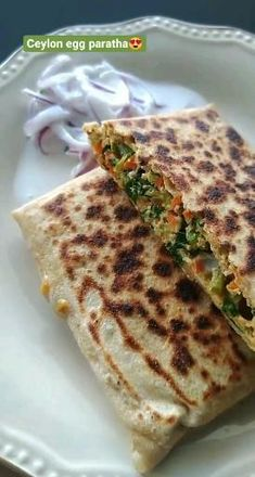 A delicious egg and veggie stuffed paratha from Srilanka!! Sweets Recipes, Indian Food Recipes, Cooking Recipes, Healthy Recipes, Mixed Vegetables, Veggies, Egg Paratha, Stuffed Paratha, Vegetable Masala