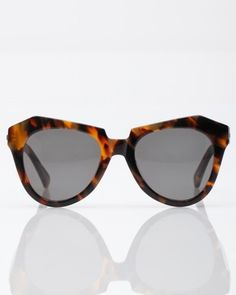 Karen Walker Number One Crazy Tort Sunnies. Tortoise Shell Sunglasses, Cool Sunglasses, Cat Eye Sunglasses, Sunnies, Big Love, Beautiful Love, Love Is Sweet, Style And Grace, My Style