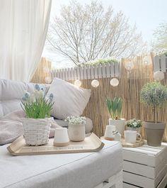 20 Super Dreamy Outdoor Spaces - Wonder Forest Outdoor Spaces, Outdoor Living, Outdoor Patios, Outdoor Decor, Outdoor Ideas, Home Decor Hooks, Backyard Patio Designs, Backyard Ideas, Garden Ideas