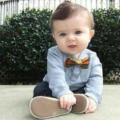 :) Jesse look this is cute... I think you was like him went you was little...