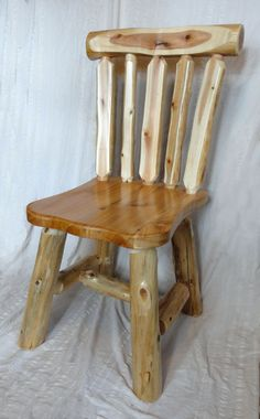 Cedar Furniture, Rustic Log Furniture, Rustic Chair, Rustic Table, Log Chairs, Log Decor, Easy Woodworking Ideas, Cool Wood Projects, Homemade Furniture