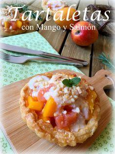 Tartaletas con mango y salmón