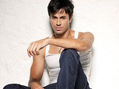 Enrique... on Pinterest | Enrique Iglesias, Te Quiero and ...