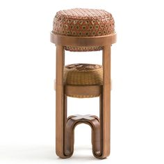 following the similar 'nestling' technique of 'three generations in one stool', 'bamboo stool' comes in two sizes whereby the smaller one ca...