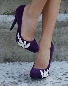 90a23094b Purple Heel With Lace Applique. Size 7. by walkinonair  weddingshoes Lace