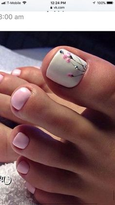 Pretty Toe Nails, Cute Toe Nails, Pretty Toes, Toe Nail Art, Gorgeous Nails, Gel Toe Nails, Cute Toes, Coffin Nails, Feet Nail Design