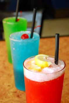 """Slush - flavors to mix, make it """" blue green"""" - one flavor to be """" sour"""" Mix Sour Apple with Blue Raspberry"""