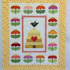 YaY!! Another quilt top finish here at my #scrappyhappyretreat using my new pattern! This finish on the design wall is by my peep @judysue56 #quiltypeeps