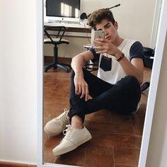 Manu (@manurios1234) • Instagram photos and videos