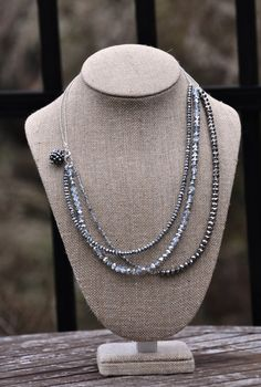 A lovely way to make a necklace