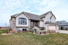 7422 Secret Bluff Dr  Madison , WI  53719  - $385,000  #MadisonWI #MadisonWIRealEstate Click for more pics