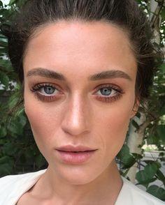 "1 curtidas, 1 comentários - Nikki_Makeup (@nikki_makeup) no Instagram: ""Bronzey, soft warmth to enhance @charlottepallister's beautiful features. My favourite kind of…"""