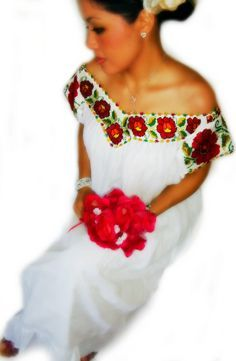 1960\'s Embroidered Mexican Wedding Dress | Pinterest | 1960s wedding ...