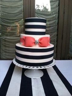 Bow wedding cake.
