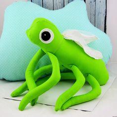 Zippi - owad opiekun dzieci #grasshoper #toy #sew #sewingtoy #babytoy #kidstyle Dinosaur Stuffed Animal, Babe, Sew, Toys, Animals, Animaux, Animales, Costura, Dieren