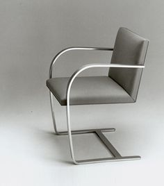 MIES VAN DER ROHE, Brno flat bar armchair, 1930. Originally designed for the Tugendhat Housein Czech Republic. Re-production by Knoll. / Knoll