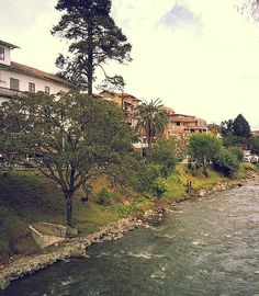 Cuenca desde Turismo de Barrio Cuenca Ecuador, Quito, The Good Place, Places To Visit, Country Roads, Cities, Pictures, Guayaquil, Painting On Windows