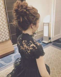 お色直しはお団子で☺️ リームアクラのドレス素敵でした❤︎ Dress Hairstyles, Party Hairstyles, Bride Hairstyles, Cool Hairstyles, Groom Hair Styles, Curly Hair Styles, Stylish Dp, Hair Setting, Bridal Hair