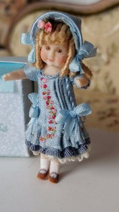 1:12 Dollhouse Lace Skirt And Plumed Hat  Miniature Victorian Dolls