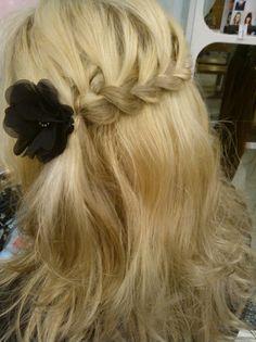 Summer and festivals; where are you? My hair is waiting!  #hair #hairdo #hairdos #braid #braided #flower #hairdecoration #decoration #black #glitterhaireverywhere