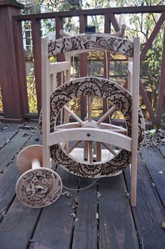 2014 Mehandi Spinning Wheel by parizadhe on DeviantArt Spinning Wool, Hand Spinning, Spinning Wheels, Spin Me Right Round, Drop Spindle, Old Sewing Machines, Pyrography, Fiber Art, Weaving