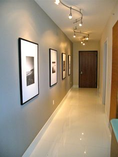hallway decorating 441071357225267479 - Foyer – contemporary – hall – miami – FGC Design Residential Interiors Source by Hallway Colour Schemes, Hallway Paint Colors, Hallway Wall Decor, Hallway Decorations, Narrow Hallway Decorating, Hallway Ideas Entrance Narrow, Narrow Hallways, Modern Hallway, Modern Staircase