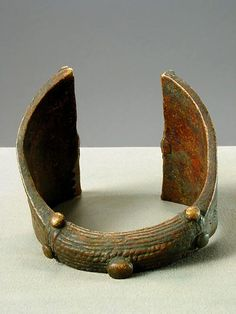 Yoruba Brass Bracelet - PF.9950 (LSO) Origin: Nigeria Circa: 19 th Century AD to 20 th Century AD: