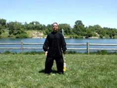 Tai Chi 32 Sword Form Performed by Master Arthur Du - YouTube