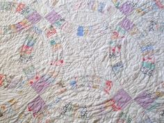 vintage hand quilted double wedding ring quilt