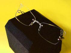 Fashion rimless with precious engravings by Leggerissimi #rimless #eyewear #eyeglasses