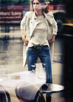 Casual, but Classic. Love this look #AdeaEveryday