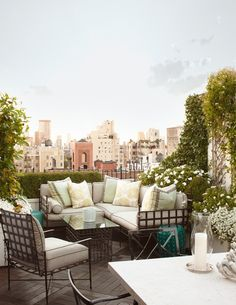20 High-Style Rooftops & Terraces