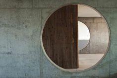 Amazing Interior Design Skills of Dutch East Design Concrete Architecture, Architecture Details, Interior Architecture, Interior Design, Japan Architecture, Arch Interior, Deco Restaurant, Carlo Scarpa, Brutalist