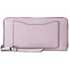 Marc Jacobs Recruit Standard Continental Wallet (Pale Lilac) (3 805 UAH) ❤ liked on Polyvore featuring bags, wallets, leather credit card holder wallet, credit card holder wallet, marc jacobs, genuine leather credit card holder wallet and embossed leather wallet