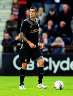 Daniel Agger marshals the defence against Hearts at Tynecastle in the Europa League #LFC #YNWA