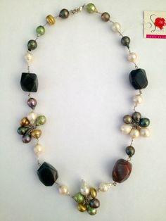 dd2b598e3016 Sofia Prono - collar de agata indiana y perlas de colores verde