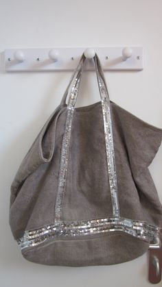 "Mytheresa - Grand cabas en lin gris, sequins argentés ""Vanessa Bruno"""