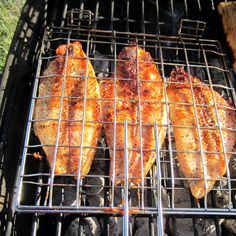 Dijon Grilled Catfish Ingredients 1 to 2 lbs catfish fillets 1 Tablespoon ol. Grilled Catfish Recipes, Grilled Fish, Baked Fish, Barbecue Recipes, Grilling Recipes, Seafood Recipes, Salsa, Smoking Recipes, How To Cook Fish