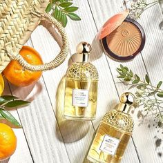 Combine the freshness of the Aqua Allegoria scent & the subtle glow of Terracotta Sun Tonic for a Beauty Photography, Still Life Photography, Product Photography, Cosmetic Photography, Photography Backdrops, Lifestyle Photography, Fashion Photography, Beauty Blogs, Beauty Products