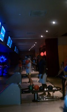 McLean office 2012 Intern event at Lucky Strike Bowling in DC
