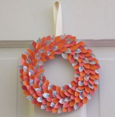 Make a paper leaf wreath Tutorial 45 BEST Charming Lifestyle DIY & Tutorials EVER. From MrsPollyRogers.com