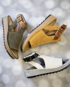 Espadrilles to inspire every girl - women shoes styles & design. Cute Sandals, Cute Shoes, Me Too Shoes, Shoes Sandals, Flats, Kids Sandals, Espadrilles, Paris Mode, How To Make Shoes