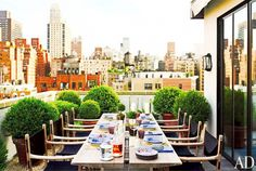 7 Totally Exquisite Outdoor Dining Rooms via @mydomaine