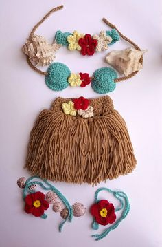 Hula Skirt - Girls Hula Skirt - Hula Girl - Hula girl costume - Newborn Crochet Outfit - Baby's First Pictures - Hawaiian Hula Girl - Baby products Baby Girl Crochet, Crochet Baby Clothes, Newborn Crochet, Crochet For Kids, Baby First Outfit, Newborn Girl Outfits, Baby Outfits, Crochet Costumes, Baby Costumes
