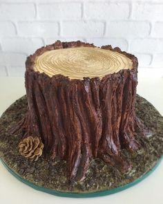 Beautiful Cakes, Amazing Cakes, Cake Icing, Cupcake Cakes, Cupcakes, Bolo Fondant, Mushroom Cake, Tree Stump Cake, Nature Cake