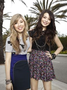 So I met up with my friend Jennette today at lunch.She went to my old school and she was one of my co-stars from our show ICarly. *smiles*- Nina