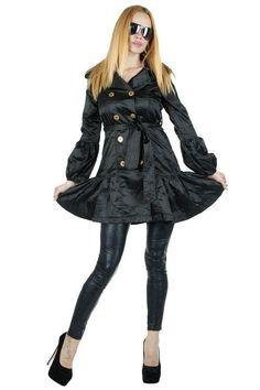 Trenci Dama Desire  -Trenci dama de lungime medie, ce poate fi purtat cu usurinta la diferite evenimente. Material subtire, lucios.  -Se inchide cu nasturi aurii. Cordon in talie detasabil.     Lungime: 86 cm  Latime talie: 37cm  Compozitie: 30%Naylon, 70%Poliester Goth, Punk, Style, Fashion, Gothic, Swag, Moda, Fashion Styles, Goth Subculture