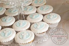 Has to be the most beautiful Holy Communion Dessert Buffet ever. Mathildas Markets - Busy Little Bigs! Christening Cupcakes, Baptism Cookies, Boys First Communion, First Communion Cakes, Baby Boy Baptism, Baptism Party, Baptism Ideas, Baby Dedication, Fondant Toppers